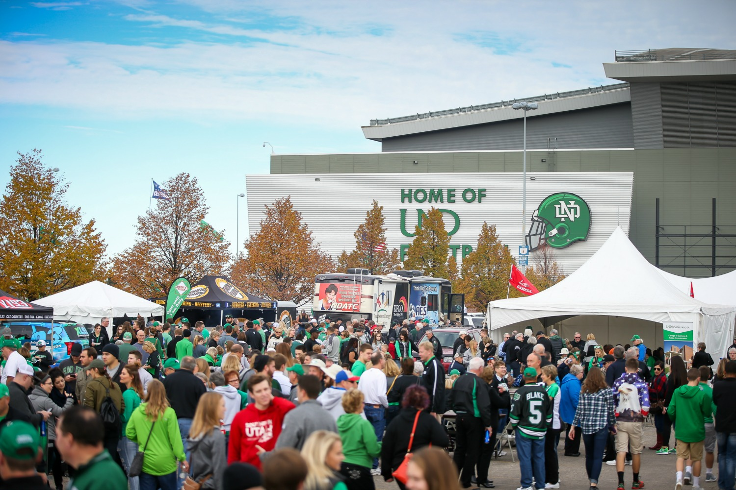 UND fans get ready to cheer on the football team at the Homecoming Tailgate.